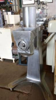 Stainless steel swinging granulator